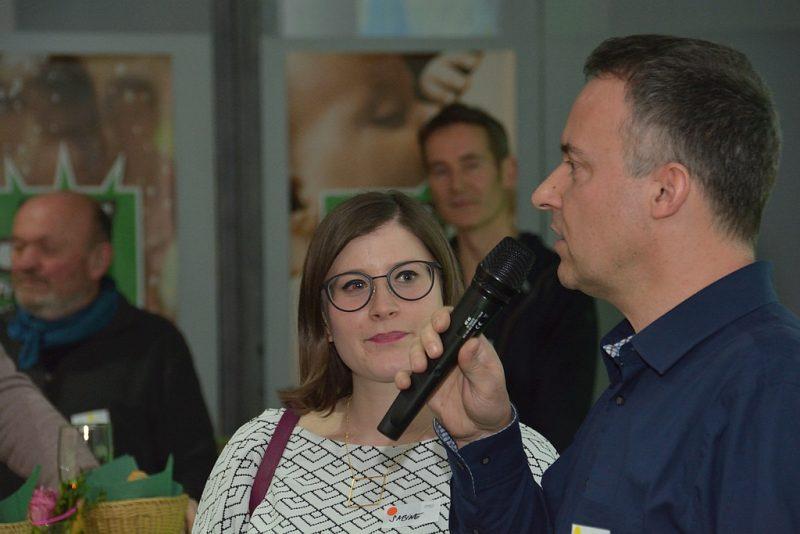 Kreisverbandsvorsitzende Sabine Pilsinger und Volker Leib begrüßen die Gäste
