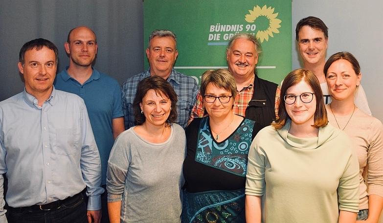 v.l.n.r.: Volker Leib, David Grothe, Christine Squarra, Kilian Körner, Ura Hirschberg, Wolfgang Schmidhuber, Sabine Pilsinger, Markus Wutzke, Sigrid Bartl