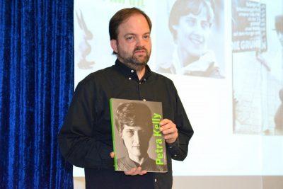 Ulrich Gensch spricht über Petra Kelly